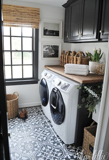 15 Fabulous Farmhouse Laundry Room Ideas