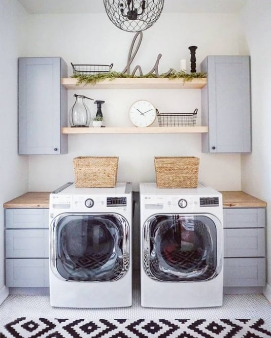 15 fabulous farmhouse laundry rooms joyful derivatives for Laundry room shelving
