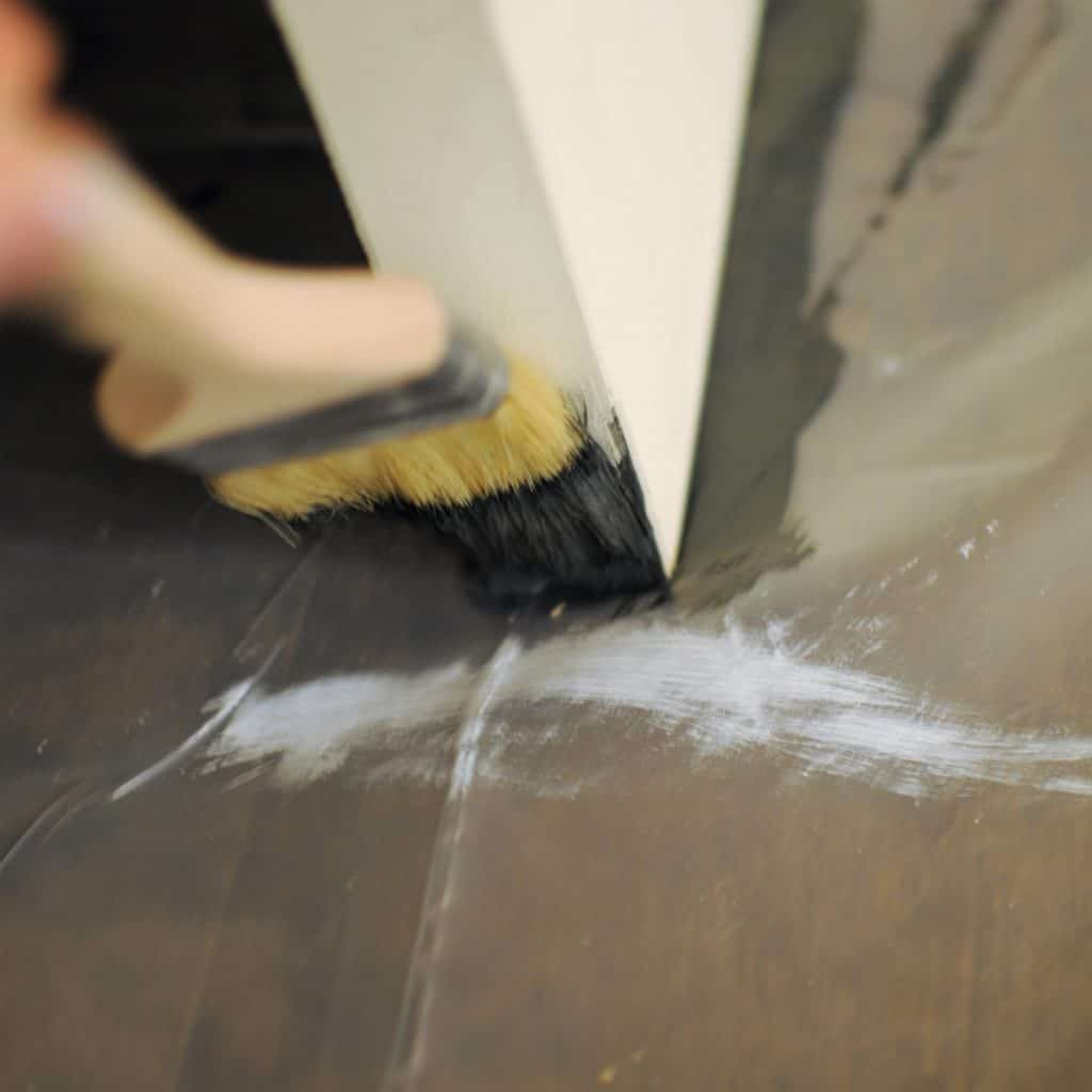 How to Paint an Interior Door with Panels the Easy Way