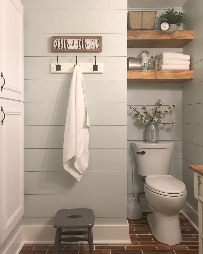 How to Fold Towels the Pretty Way! - Joyful Derivatives