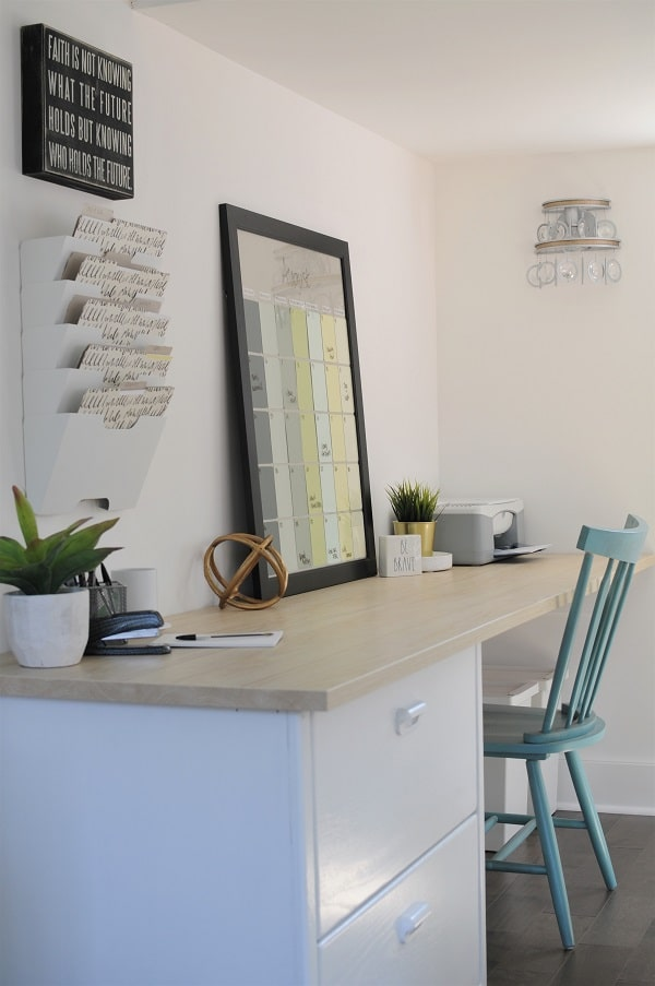 Large work surface in the she shed home office.