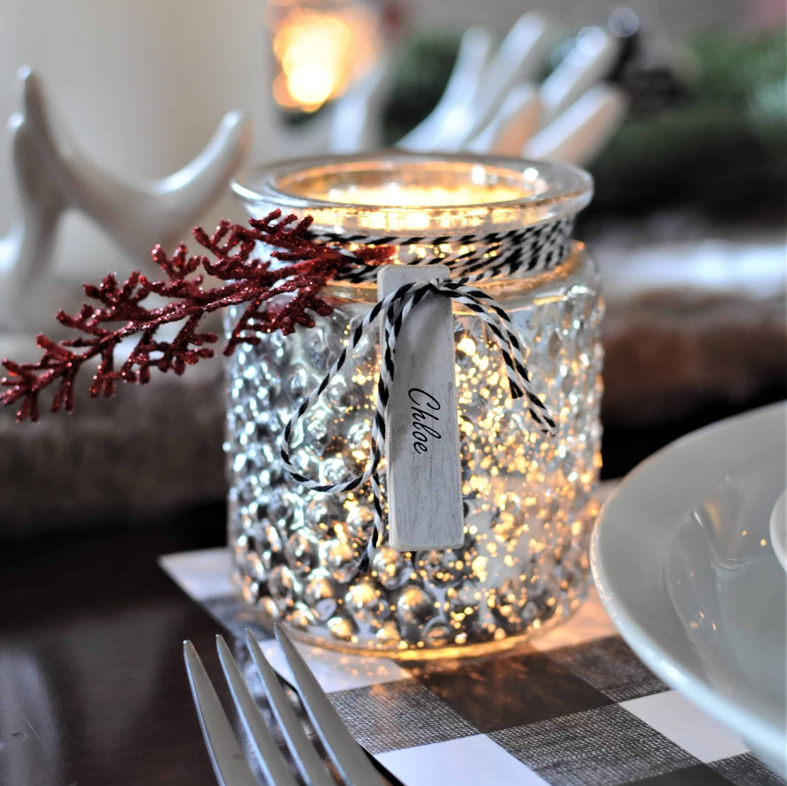 Simple and Modern Christmas Table Settings Ideas