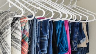 How to Declutter a Closet and Keep it Organized