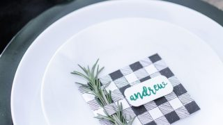 Easy DIY Place Cards for Christmas