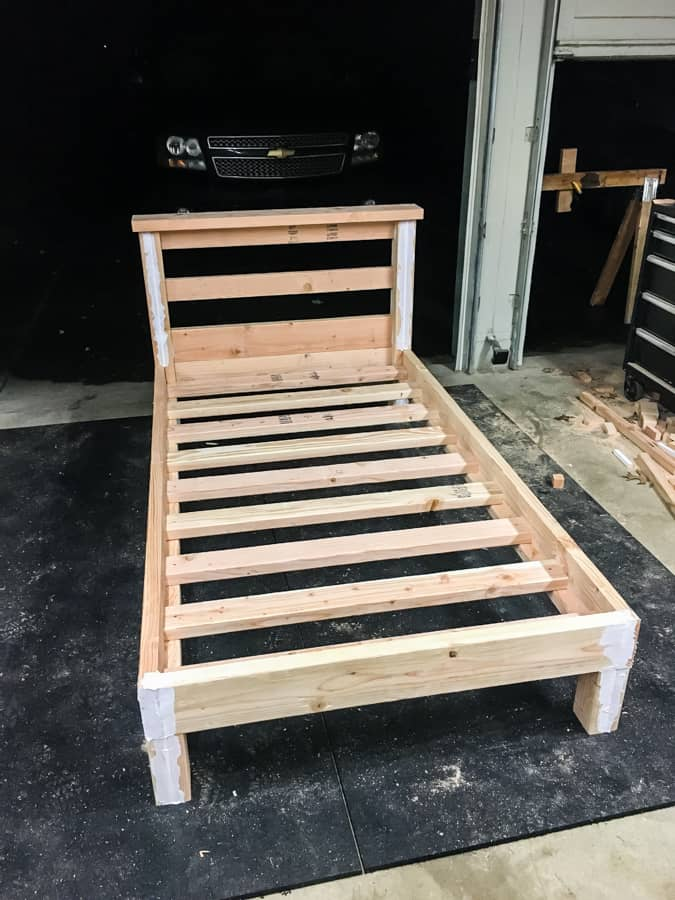How To Build A Platform Bed With Legs For 50 Joyful Derivatives