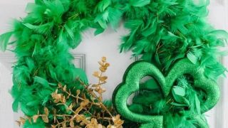 DIY St. Patrick's Day Wreath for under $10!