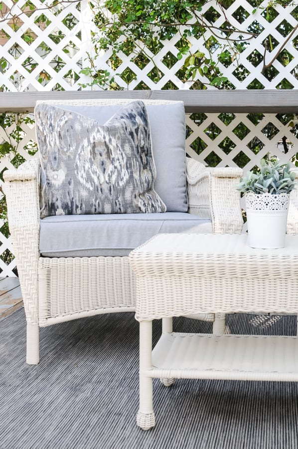 How to Paint Outdoor Furniture that Lasts